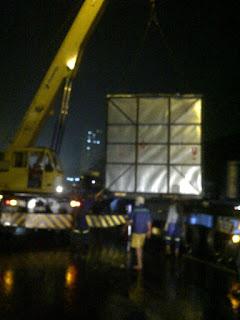 Jembatan Penyeberangan Orang roboh di tol serpong-bintaro KM7