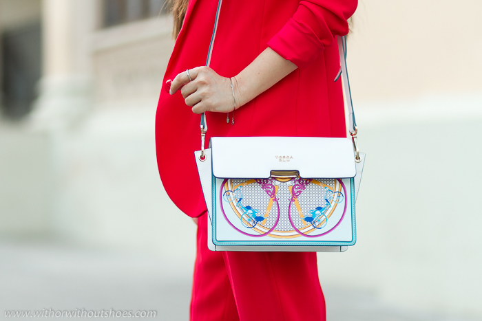 Tendencias en bolso cuero con seriagrafias dibujo Cenicienta diseño italiano