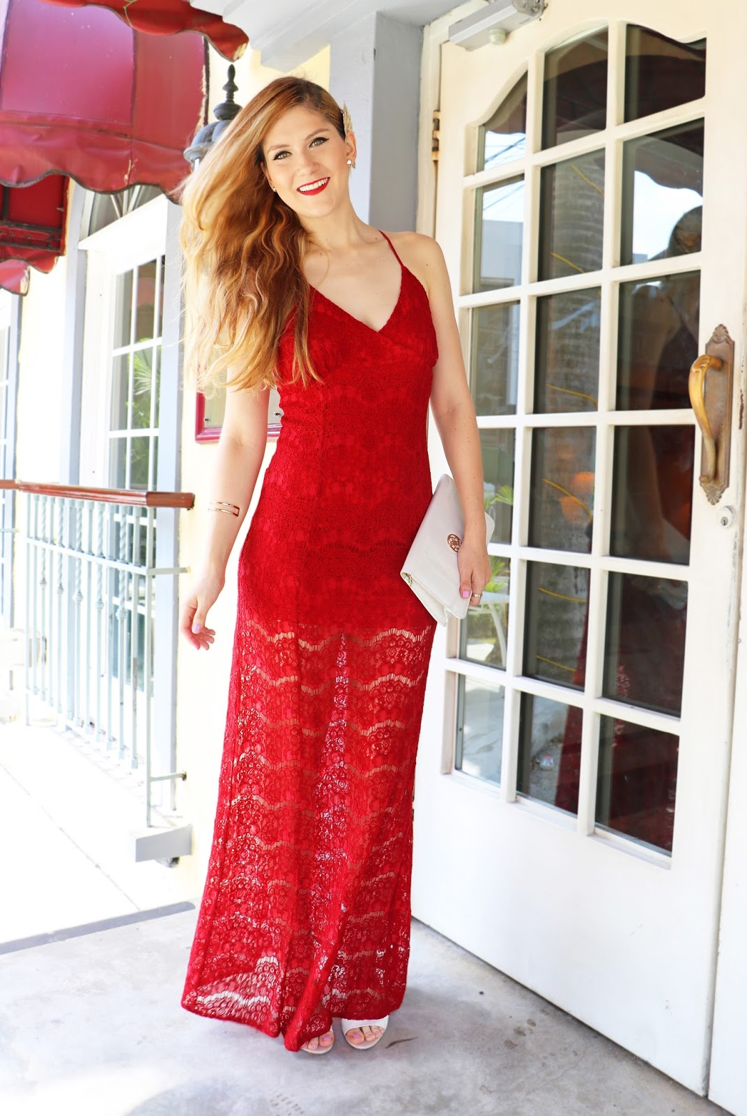 This red lace dress is perfect for Valentine's Day!