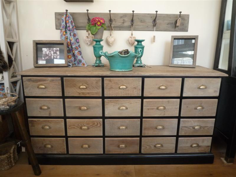 Top Sant Studio: Multi drawer chest using vintage wood. Made in france  LI76
