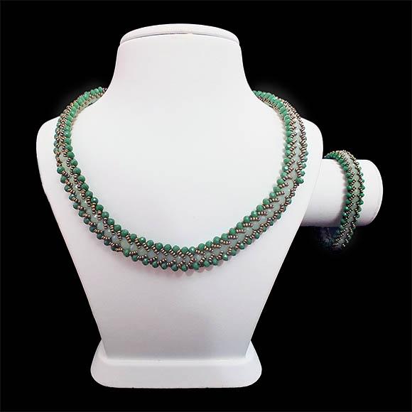 yeşil kristal boncuklu takim TA_0007_001-1 görseli