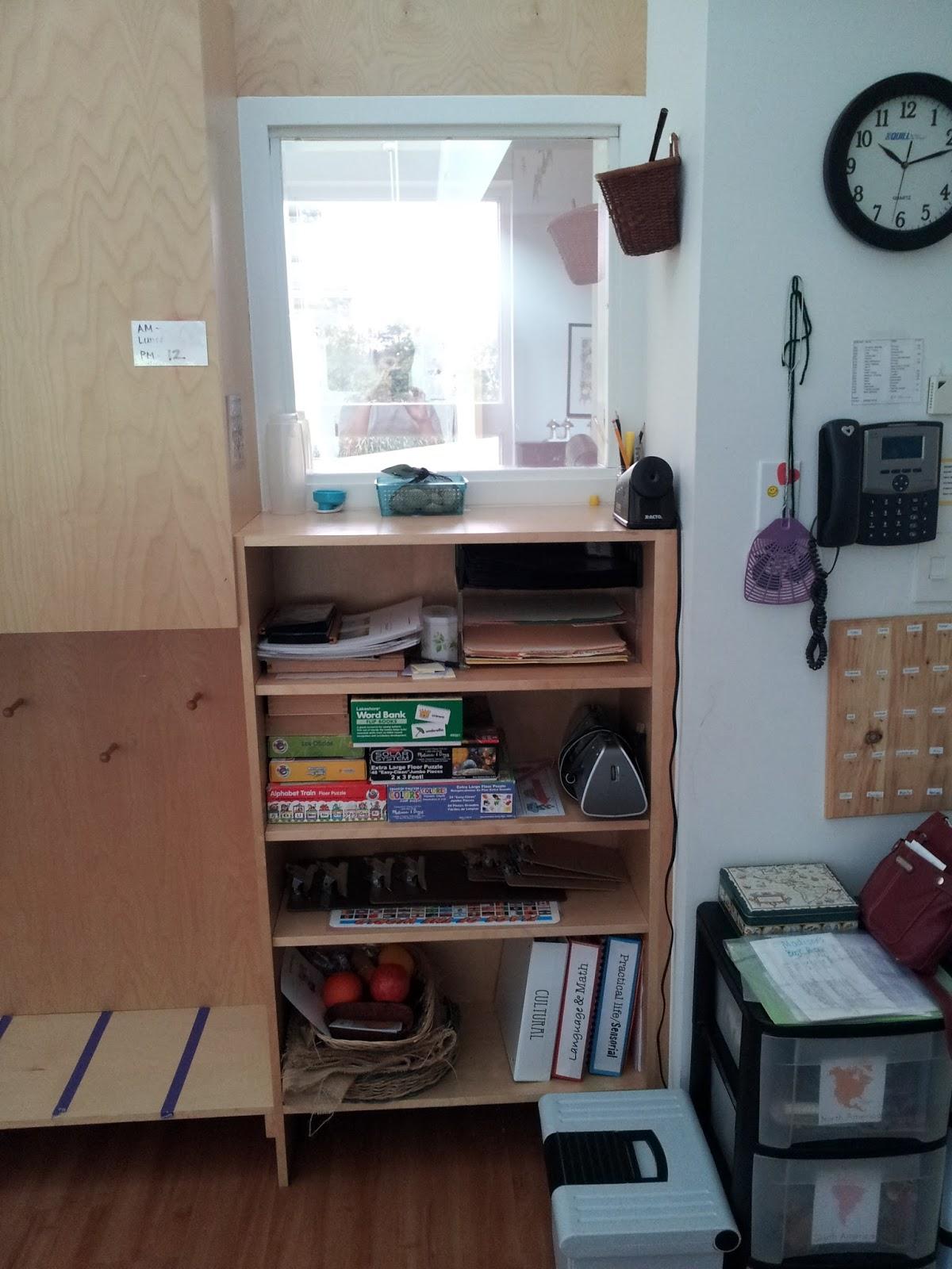 Simplysewn Montessori Bootcamp Teacher Workstation