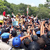 Bupati Faida Bersama Wabup Muqit Arief Temui Masyarakat Silo dan Menegaskan,Tolak Tambang Emas Di Silo Serta Cabut SK Menteri ESDM