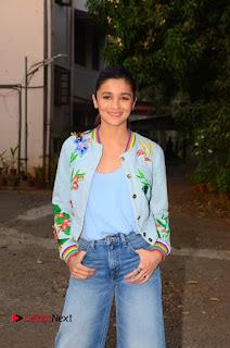 Bollywood Actress Alia Bhatt Stills at Christmas Celetion Mumbai  0001.jpg