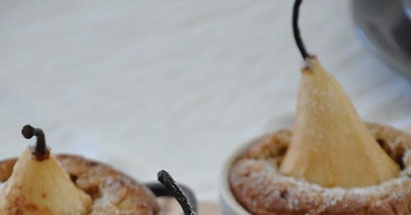 Pudding con pere in cocotte