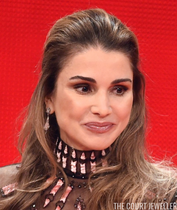 Golden Heart Jewels For Queen Rania The Court Jeweller