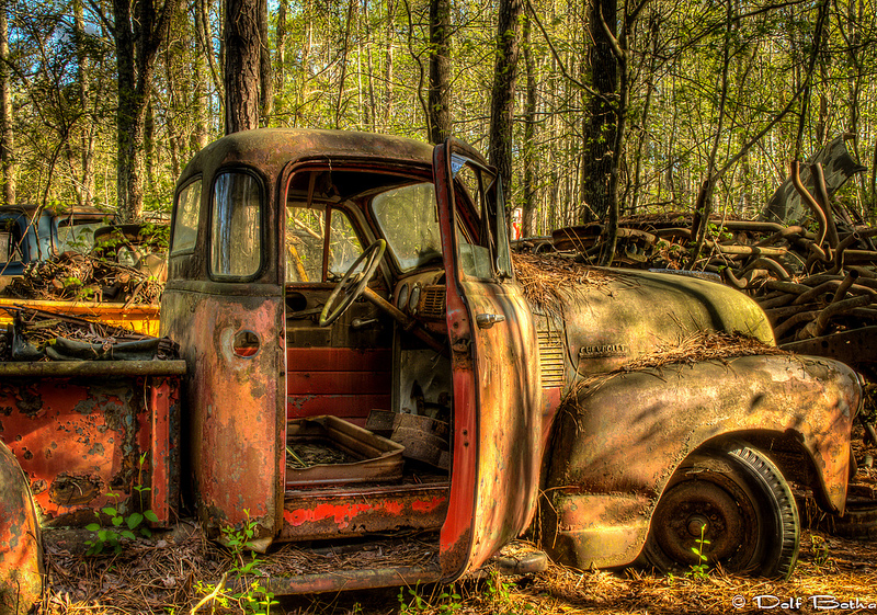 Old Car City: The World's Largest Classic Car Junkyard