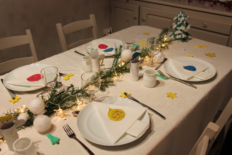 mes motsdoubs bricolage et jolie table avec mes petits enfants. Black Bedroom Furniture Sets. Home Design Ideas