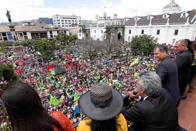Moreno busca tender puentes en Ecuador desde el continuismo
