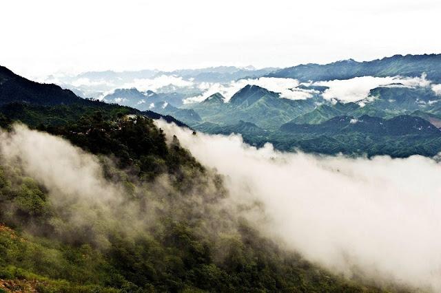 5 cloudy heavens for trekkers in Vietnam 3