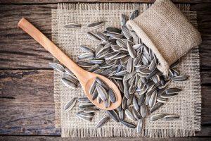 6 Tips dan Khasiat Kuaci untuk Diet Murah Meriah, 12 Khasiat Kopi Untuk Diet Murah Meriah, 5 Menu Diet Aurel Hermansyah Sederhana Tapi Ampuh