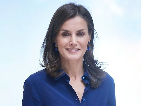 Queen Letizia (Letizia Ortiz Rocasolano) was born on September 15, 1972 in the capital city Oviedo of Asturias region of Spain