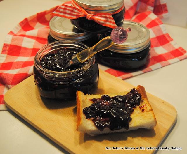 Blackberry Swirl Frozen Pie at Miz Helen's Country Cottage
