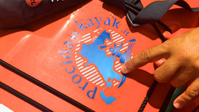 Procida in Kayak