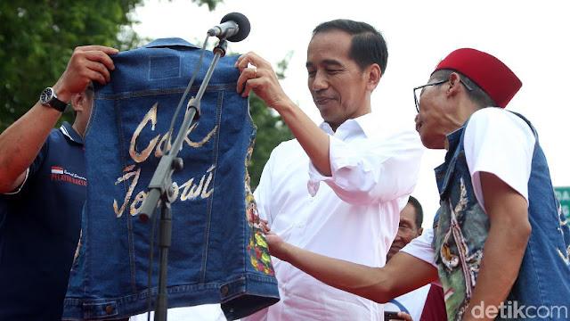 "Terima Saja Bila Jokowi Dicatat Sejarah Sebagai Presiden ""Jancuk"""
