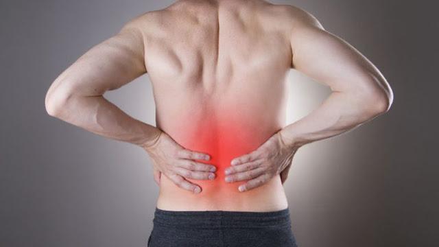 Δείτε ποιά είναι τα συμπτώματα που δείχνουν αν έχετε πέτρες στα νεφρά!!!