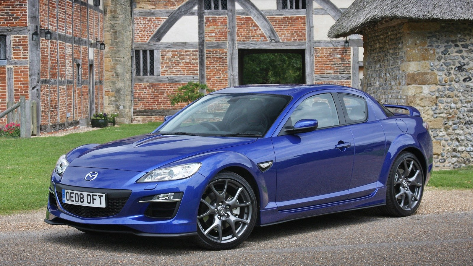wallpapers of beautiful cars mazda rx 8. Black Bedroom Furniture Sets. Home Design Ideas