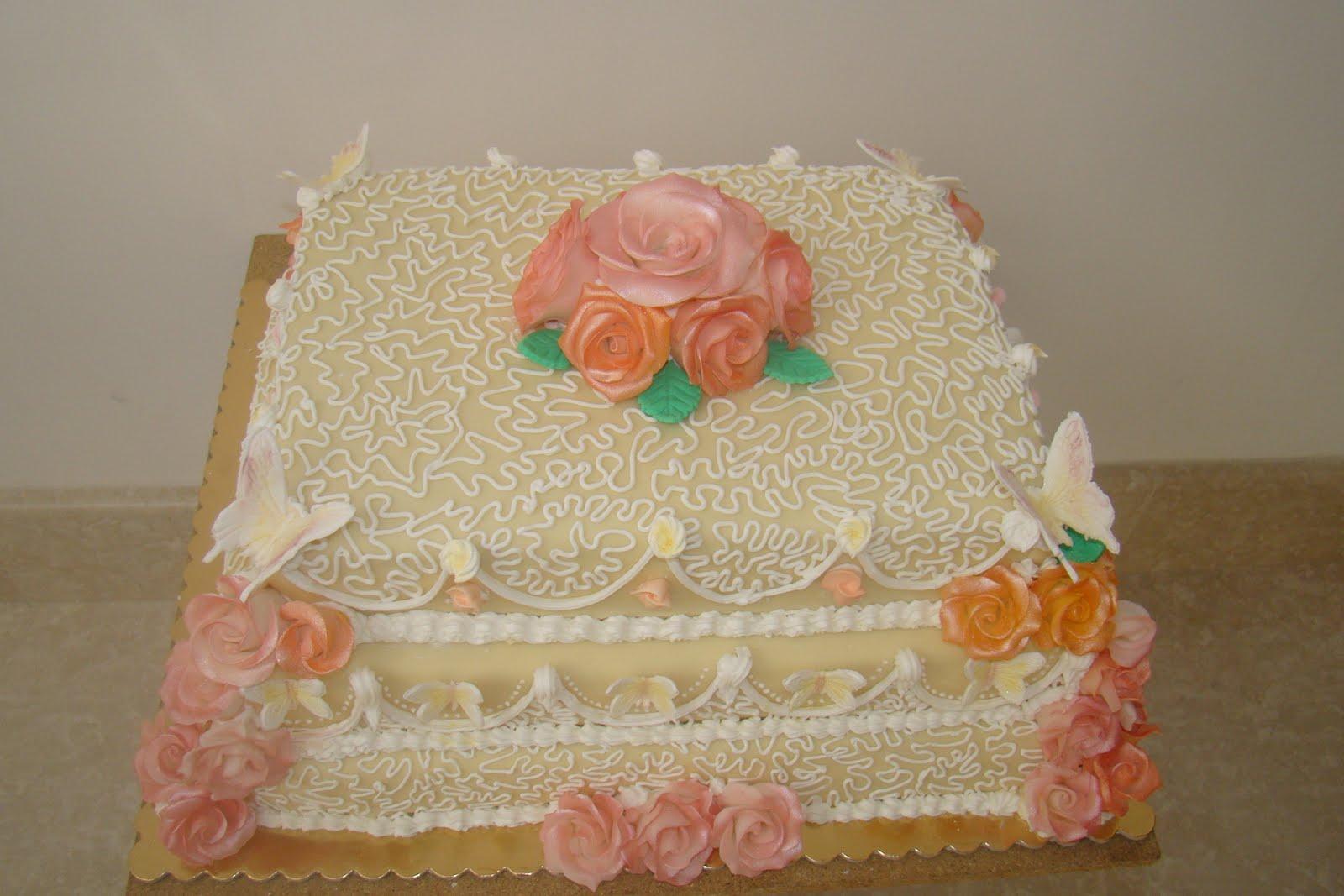 Super Dolcezze per l'Anima.Monnalisa's Cakes: Una romantica torta per  IT77