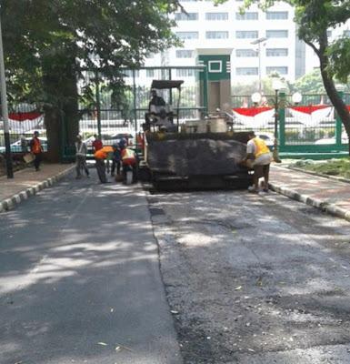 Jasa Pengaspalan Jalan, Jasa Aspal Hotmix, Jasa Pemasangan Paving Block, Kontraktor Jalan Aspal