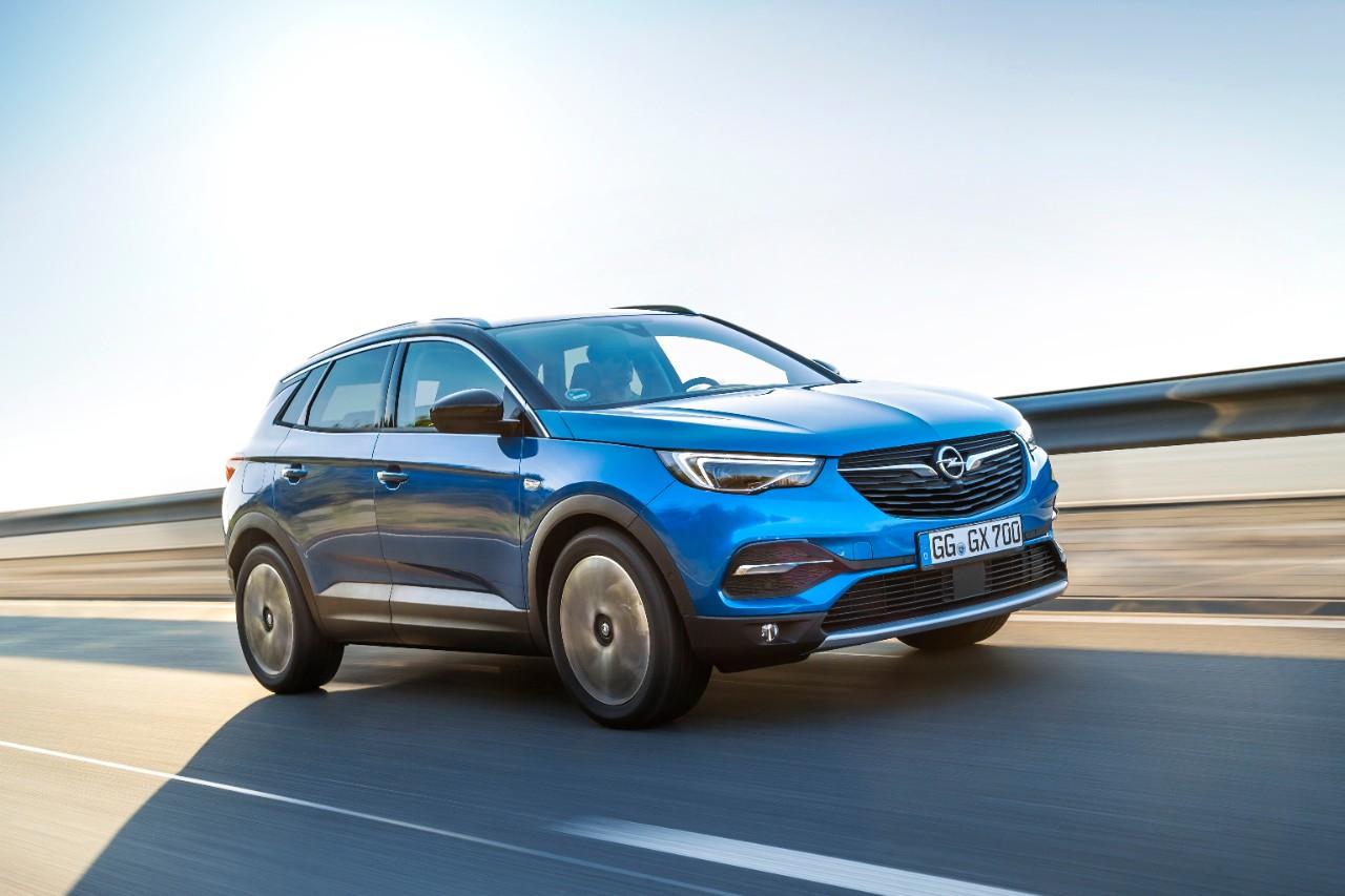 """Ο """"Φύλακας Άγγελος"""" του Opel OnStar εξασφαλίζει πρόσθετη ξεγνοιασιά"""
