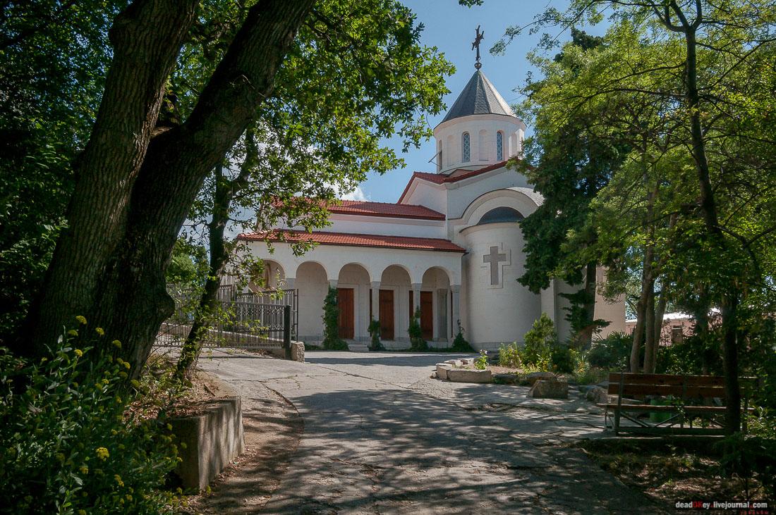 Церковь Покрова Божией Матери в Ореанде, Крым