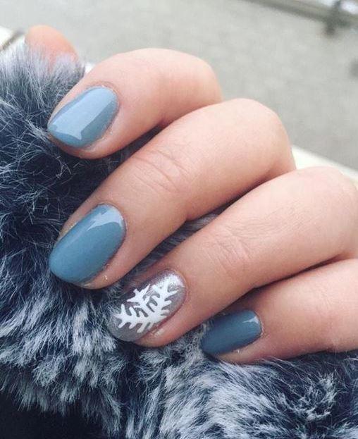 Latest Winter Inspired Nail Art Idea