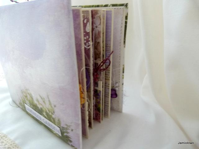 okładka albumu i widok całości z boku