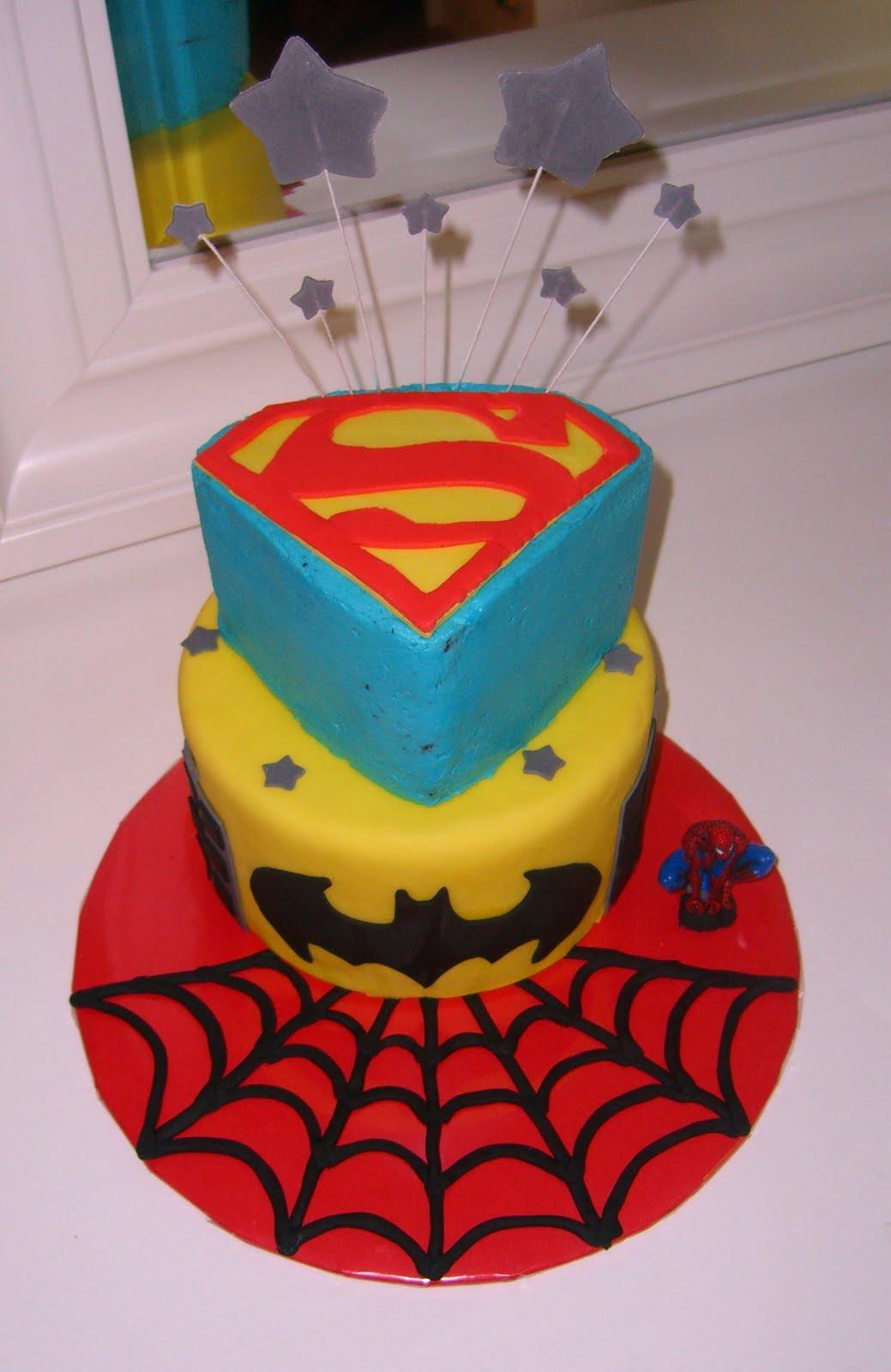 Sweet Pea Cakes: Superhero cake (2)  |Superhero Cakes