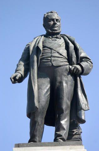 Statue of Camillo Benso di Cavour