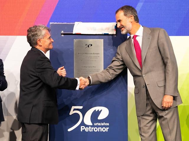 El Rey visita Petronor en su 50 aniversario