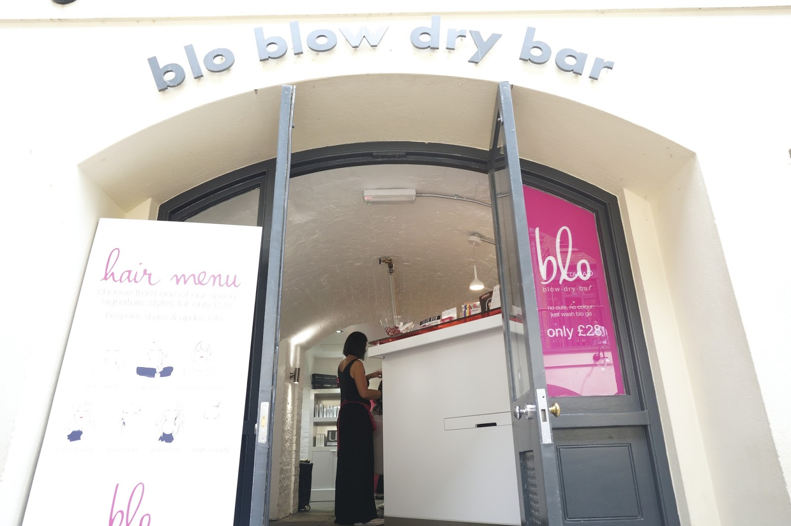 Blow Dry Bar in London
