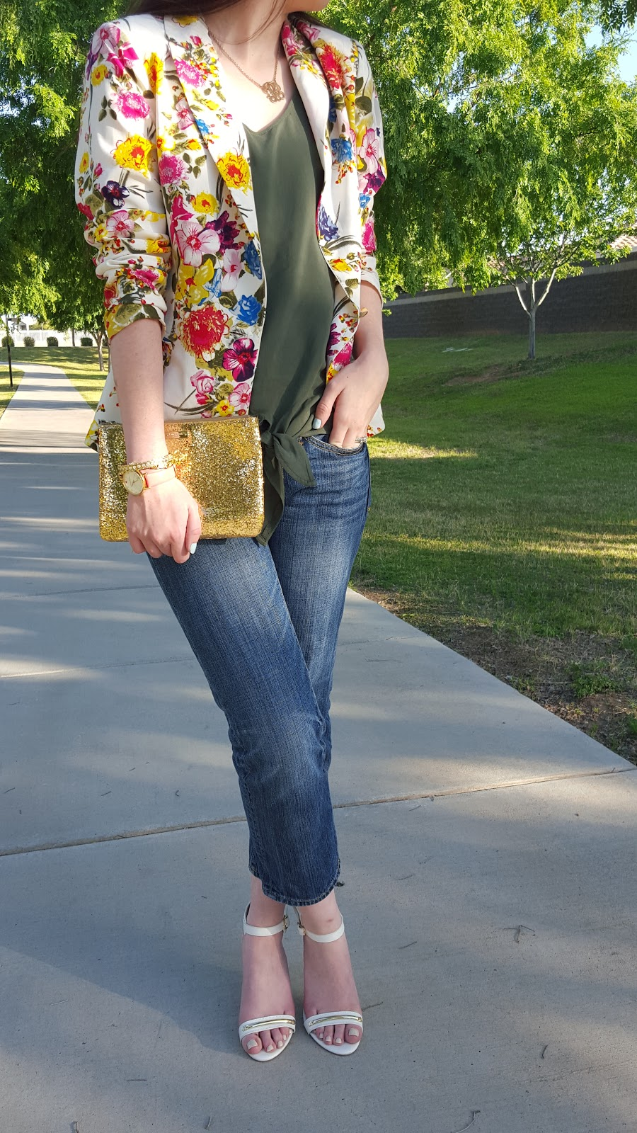 perfect semi casual outfit for Spring- floral print blazer, jeans, and heeled sandals