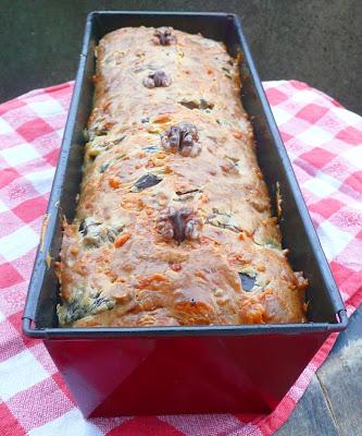 Cake aux champignons, aux noix et au comté