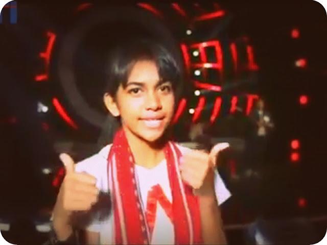 Withney Teftutul Promosikan Kain Tenun Tanimbar di Indonesian Idol 2018