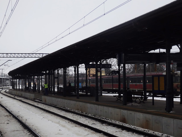 Dworzec, peron 1.