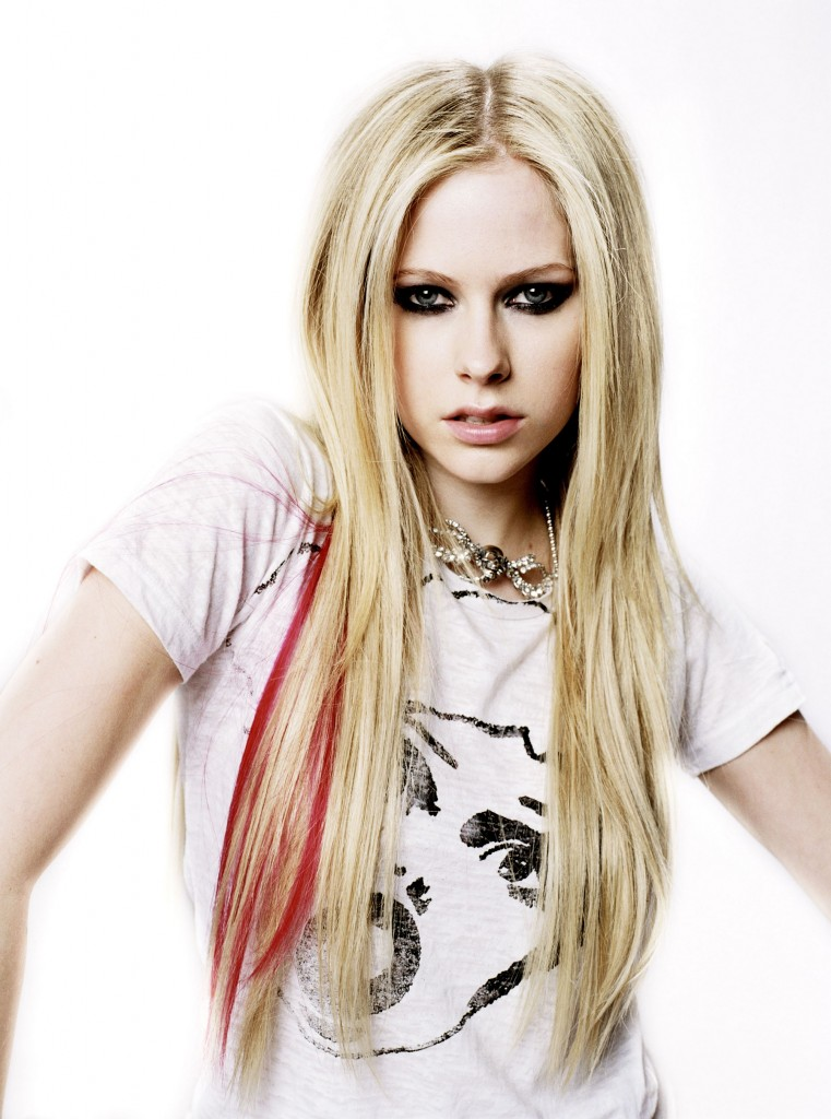 Magic Rose Ice Cream: Avril Lavigne's hair evolution