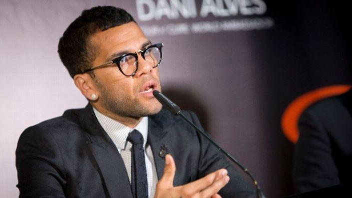 Dani Alves: Saya Tidak Nyaman saat Berhadapan dengan Barcelona