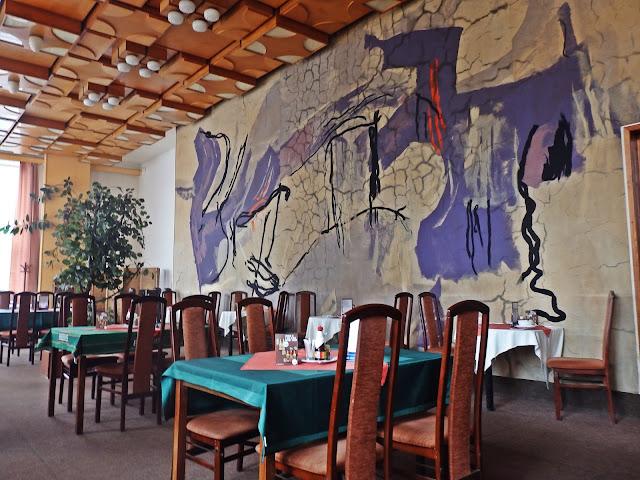 """Hotel """"Piast"""" po czeskiej stronie - restauracja. Teraz jest zamknięte"""
