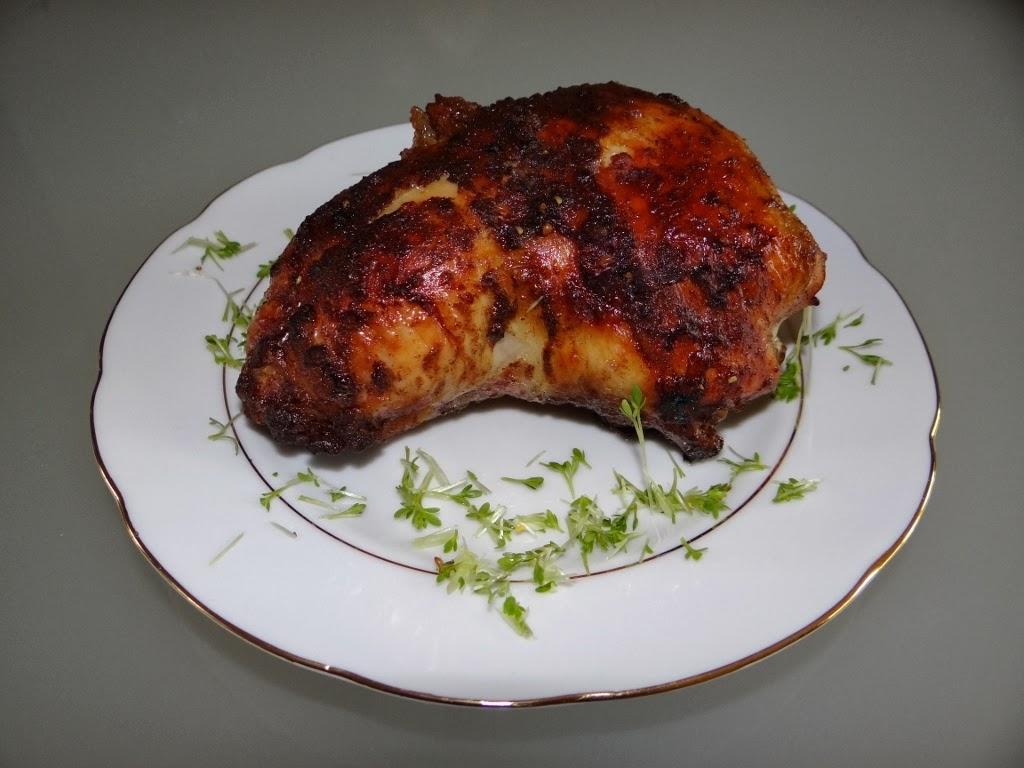 Pieczony kurczak faszerowany owocami