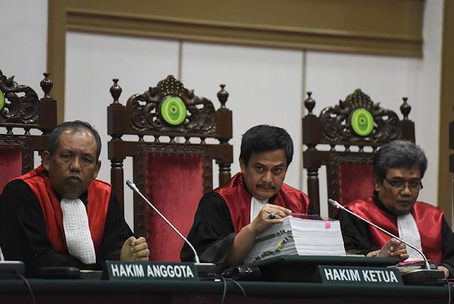 Setelah Sukses Mangganjar Ahok 2 Tahun Penjara, Tiga Hakim Ini Dapat Promosi Jabatan