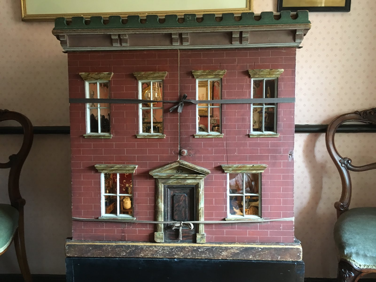 Truly Madly Tiny: Beatrix Potter's Dolls' House but not