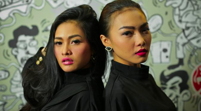 lirik lagu duo anggrek goyang nasi padang
