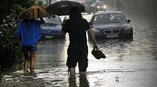 «Μας τα χαλάει» ο Αύγουστος: Έκτακτο δελτίο με καταιγίδες και χαλάζι
