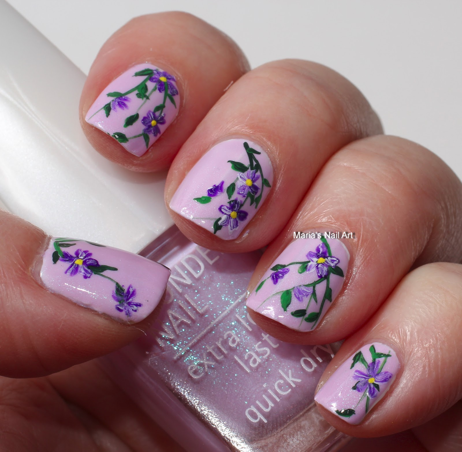 Flower Nail Art: Marias Nail Art And Polish Blog: Flowers On Icy Lilac In
