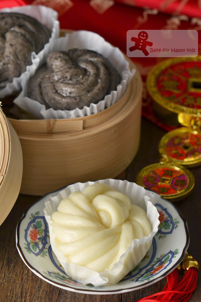 milk Chinese flower steamed buns