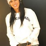 Andrea Rincon, Selena Spice Galeria 19: Buso Blanco y Jean Negro, Estilo Rapero Foto 59