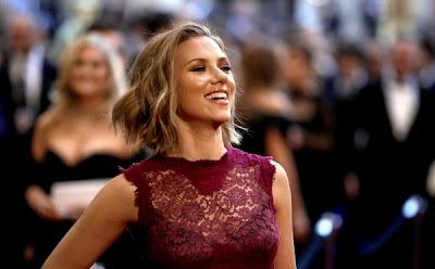 Celebrity Gossip, Showbiz News, Fashion & More |: Scarlett
