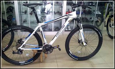 Harga Jual Sepeda Gunung Polygon XTRADA 4 27.5