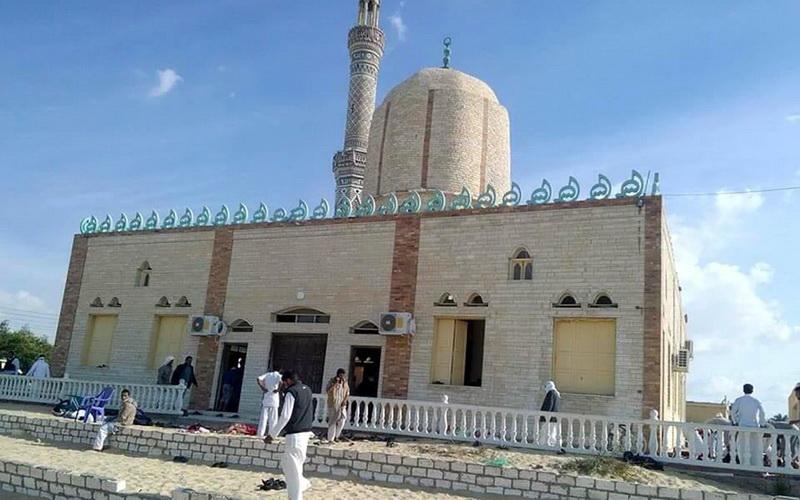 Εκατόμβη νεκρών σε τέμενος στο Σινά