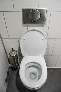 Tahukah Anda? Jika di Dalam Toilet Ada Bakery Yang Bermanfaat